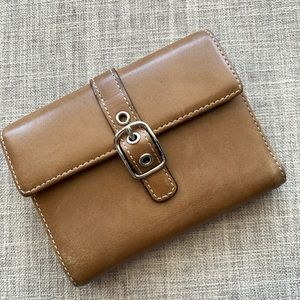 Coach  Saddle Leather Buckle  Wallet